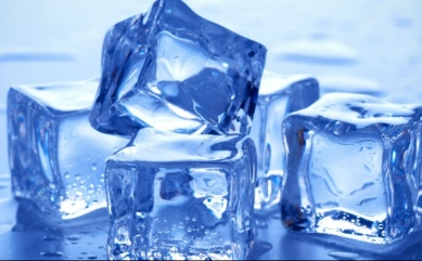 cubitos de hielo en Santa Pola, Alicante, Benidorm.